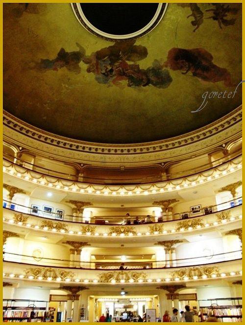 Teatro livraria1