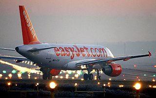 Easyjet_plane_to_468x312