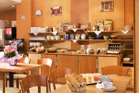 Timhotel-Place-DItalie-Butte-Aux-Cailles-Dining-1-site ebookers