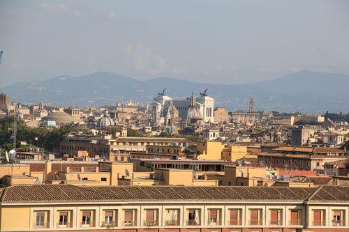 Roma_vista da janela do museu do vaticano5